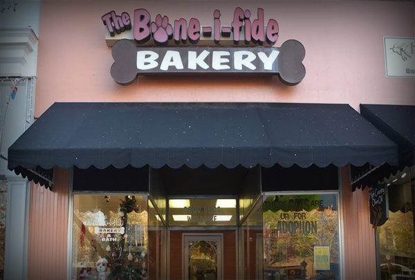 The Bone-i-fide Bakery
